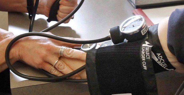 covid-19:-hypertoniker-waeren-nicht-staerker-bedroht
